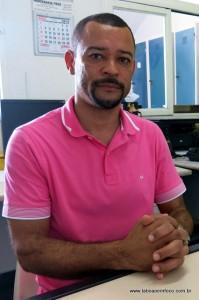 Vereador Moreira rebate críticas do prefeito e diz que vai continuar visitando as unidades de saúde.
