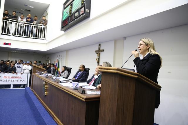 Luzia Aprígio critica o vereador Eduardo Lopes por fala sobre sua vida pessoal. (Foto: Vagner Hernandez / Divulgação)