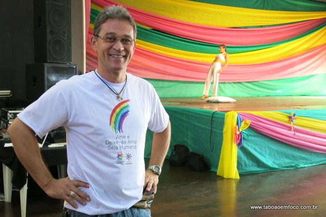 Coordenador da Diversidade Sexual, Márcio Carneiro, durante evento no Cemur.