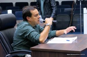 Secretário de Obras Rogério Balzado depõe da CPI da Cooperativa Vida Nova