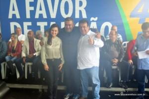 Pré-candidatos fizeram breves discursos e posaram para fotos.