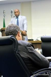 Acusado de tentativa de extorsão, Lopes quer a cassação de Lune por falsa acusação.