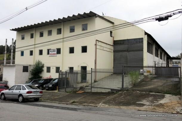 O Corpo de Bombeiros de Taboão da Serra vai funcionar provisoriamente neste prédio por até dois anos.