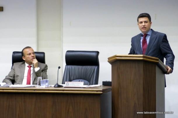 Paulinho não gostou de ver uma liderança da sua igreja apoiando o vereador Carlinhos do Leme com anuência do governo.