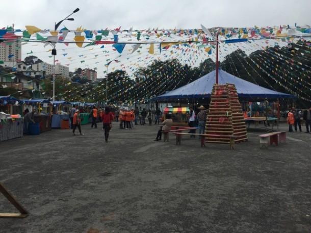 Em 2015, Festa Julina do Cajec aconteceu em frente ao Parque das Hortênsias.