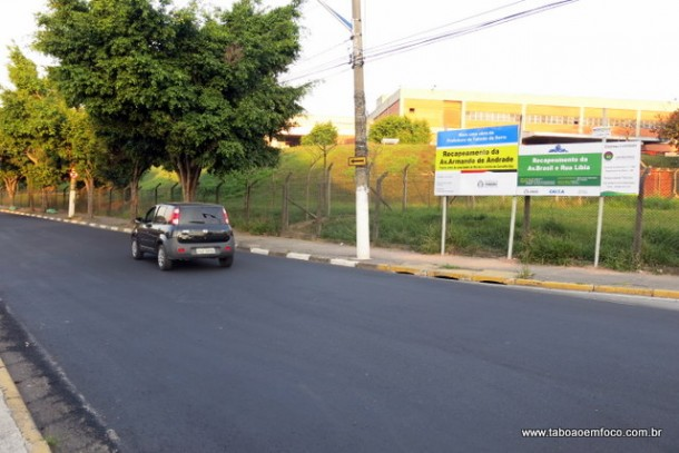 Avenida Armando Andrade ganha novo asfalto.