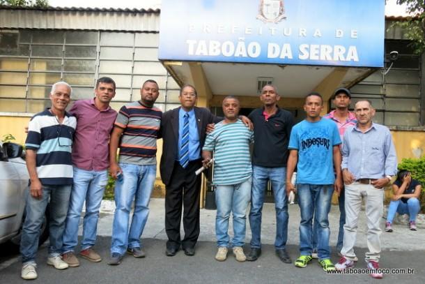 Representantes dos Sem Tetos do Parque Laguna após reunião que terminou sem acordo.