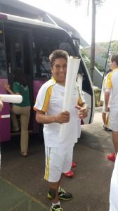 Rogerio Zeferino carregou a Tocha Olímpica em um trecho de 200 m no revezamento em Jundiaí (Foto: Arquivo pessoal)
