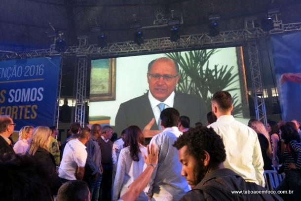Em vídeo, Alckmin manda mensagem de apoio a candidatura a reeleição do prefeito Fernando.