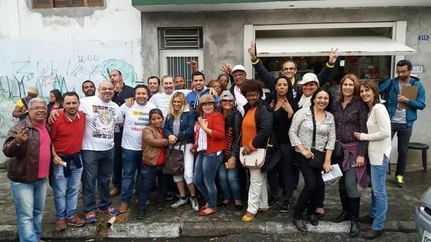 Evilásio e seus correligionários no primeiro final de semana de campanha. (Foto: Sandra Pereira)