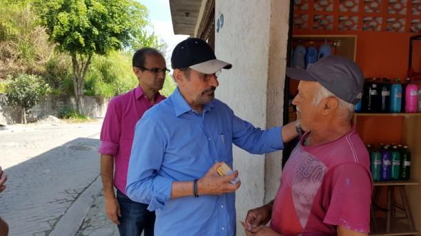 Mesmo impugnado, Evilásio mantém campanha para prefeito. (Foto: Sandra Pereira)