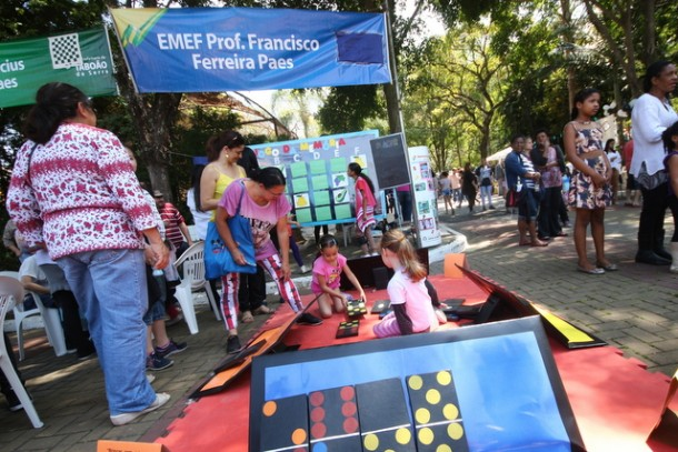 Segunda edição do Matematicando levou pais e alunos para o Parque das Hortênsias que puderam participar de várias brincadeiras lúdicas e educativas. (Foto: Divulgação / PMTS)