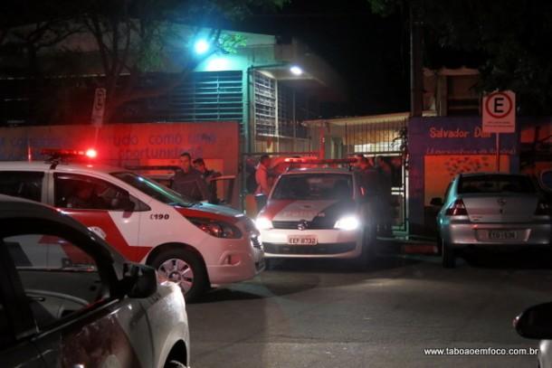 Para evitar ocupação, policiamento em frente a escola Domingos Mignoni é intensificada.