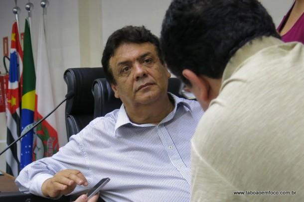 Reeleito no 1º turno, Fernando Fernandes não deu muita bola para as reclamações e suspeitas dos candidatos derrotados de uma suposta manipulação das urnas eletrônicas.