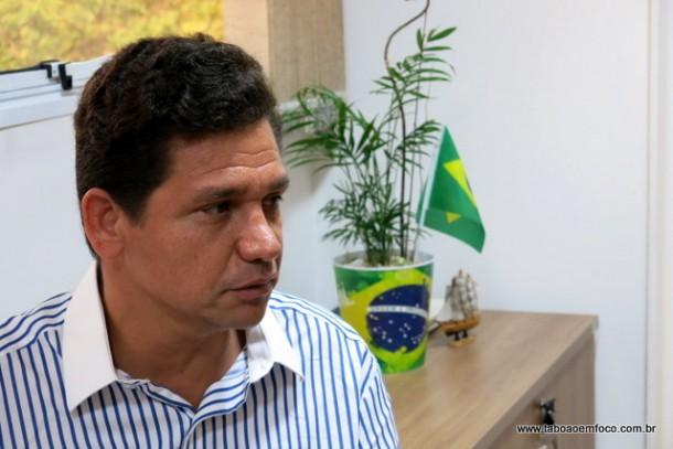 Dono de farmácias em Taboão da Serra, Silvani Barros foi eleito vice-prefeito de Manoel Vitorino (BA).