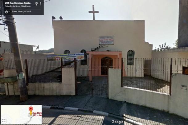 Bandidos não perdoam nem as igrejas e furtam instrumento e equipamentos de som. (Foto: Reprodução Google Street Views)