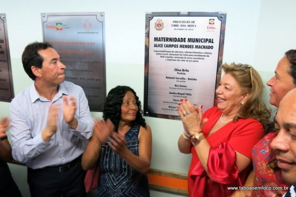 Prefeito Chico Brito reinaugura a maternidade e o pronto socorro infantil de Embu das Artes.