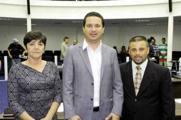 Rita de Cássia, Eduardo Nóbrega e Alex Bodinho são os vereadores que compõe a comissão de saúde da Câmara. (Foto: Eduardo Nóbrega / CMTS)