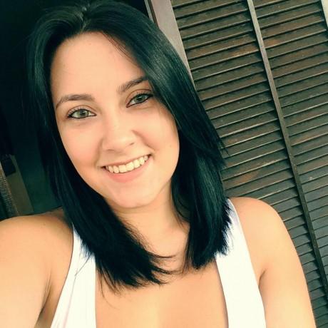 Jovem moradora de Taboão da Serra, Nadine Guedes, está desaparecida desde a tarde de terça (31). (Foto: Reprodução