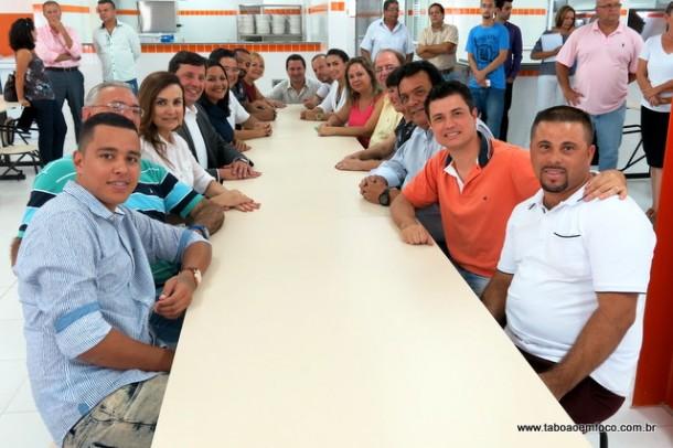 Vereadores de Taboão da Serra participaram da visita a futura unidade do Bom Prato.