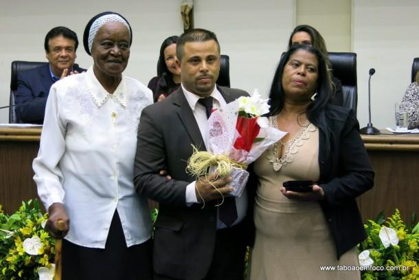 Alex Bodinho entrega Medalha Laurita Ortega Mari de 2017