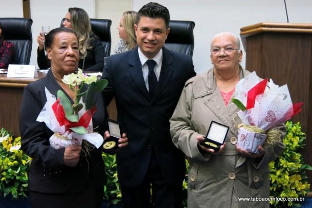 Marcos Paulo entrega Medalha Laurita Ortega Mari de 2017