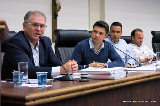 Secretário de Transportes Gerson Brito quer multas para Ubers que não estiverem cadastrados na Prefeitura de Taboão da Serra.