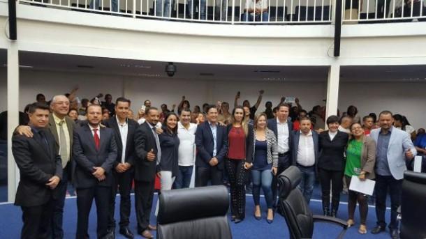 Câmara aprova projeto do prefeito Fernando Fernandes que concede isenção de IPTU para moradias construídas através de programas sociais.