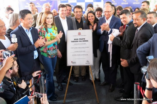 Alckmin participa da inauguração oficial do Bom Prato de Taboão da Serra.
