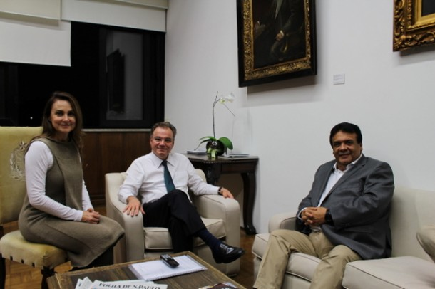 Secretário da Casa Civil, Samuel Moreira, reúne-se com a deputada Analice e com o prefeito de Taboão, Fernando Fernandes para discutir projeto cultural para Taboão. (Foto: Divulgação / Analice Fernandes)