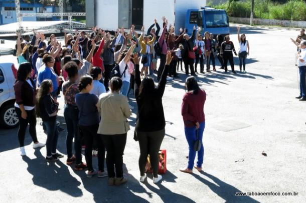 Servidores da educação aprovam fim da greve para o dia 3 de julho.