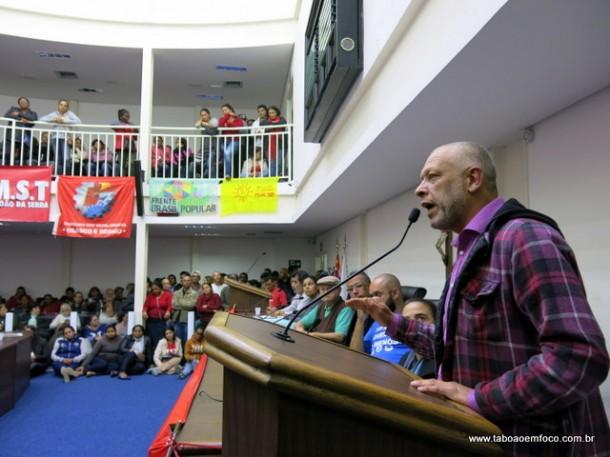 José Afonso do MTST discursa por Fora Temer e eleições diretas.