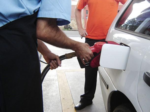 Governo Federal aumenta Pis e Cofins e combustíveis vão ficar muito mais caro nos postos de gasolina. (Foto: Usp Imagens)