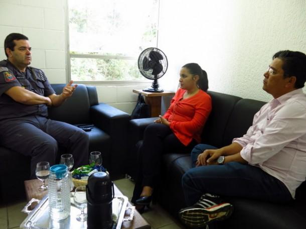 Presidente da Câmara e comandante discutiram formalização do convênio da Escola do Legislativo com a PM entre outros temas. (Foto: Divulgação / CMTS)