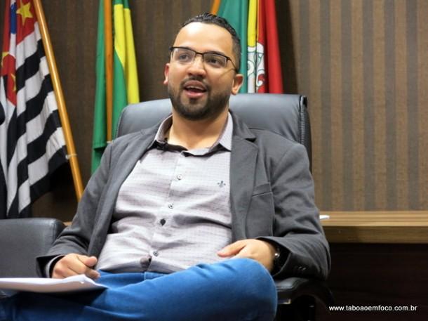 Hugo Prado faz balanço da sua gestão a frente da Câmara de Embu das Artes desde o início do ano.