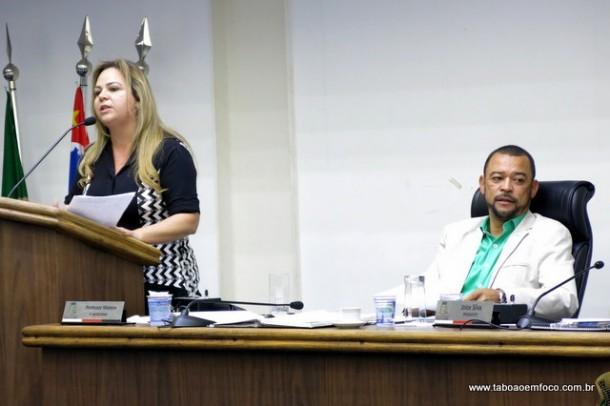 Érica Franquini e Professor Moreira trocaram farpas durante sessão