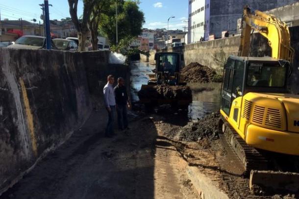 Desassoreamento e limpeza dos córregos são fatores importantes contra enchentes. (Foto: Divulgação)