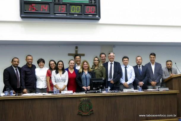 Vereadores de Taboão da Serra voltam do recesso e aprovam dois projetos.