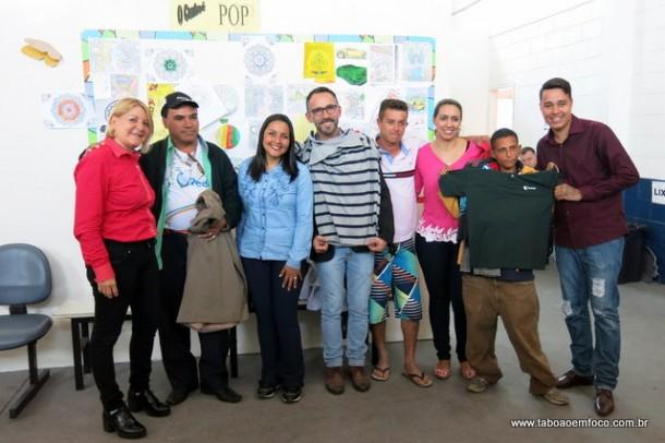 Doações recebidas durante Campanha do Agasalho da Câmara Municipal foram entregues ao Centro Pop.