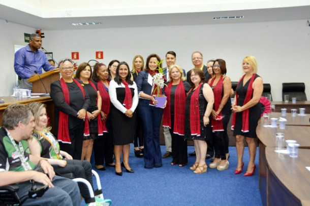 Durante o evento foram apresentadas mais de 500 novas filiações feitas no PTB de Taboão. (Foto: Douglas Vaz)