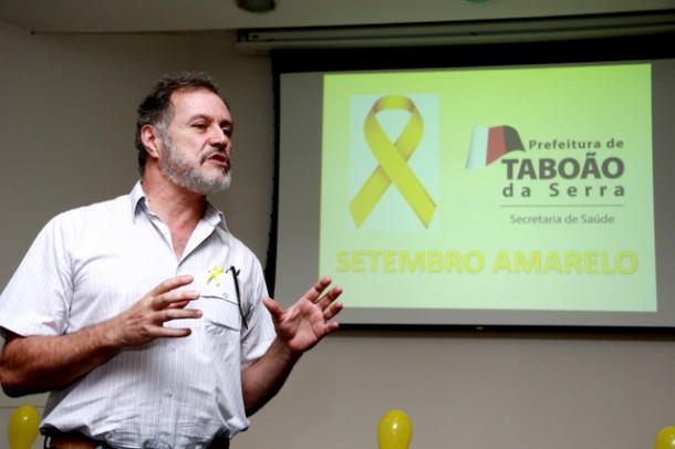 """O médico psiquiatra e sanitarista, Dr. Ruy Paulo D´Elia Nunes, encerrou as atividades do """"Setembro Amarelo', na Taboãoprev (Foto: Ricardo Vaz / PMTS)"""