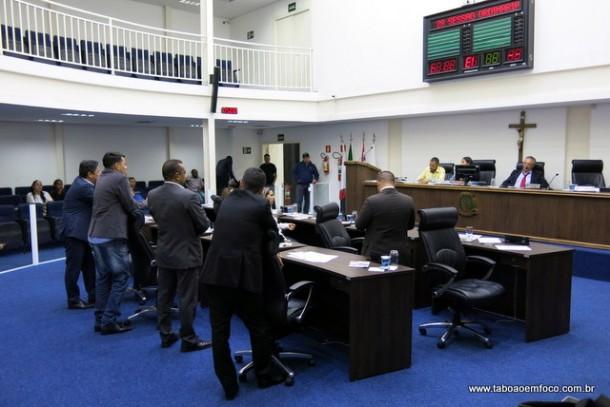 Por unanimidade, Câmara de Taboão aprova - com emendas - Programa Municipal de regularização de edificações.