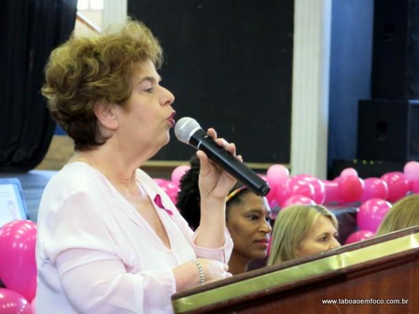 Secretária de saúde Raquel Zaicaner na abertura do Outubro Rosa em Taboão da Serra há poucos dias.