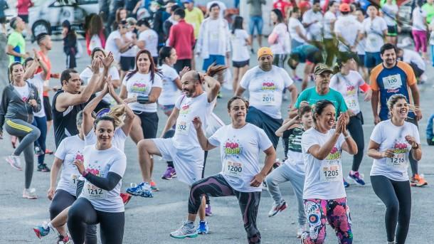 POP Run foi muito além da corrida de rua. Atletas se divertiram antes e depois da competição. (Foto: Wladimir Raeder / POP Run)