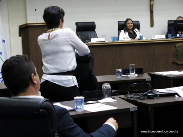 Troca de farpas entre Joice Silva e Eduardo Nóbrega se intensifica a cada sessão.