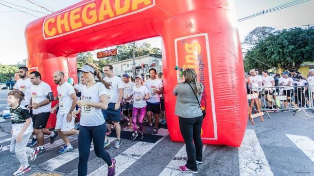 Largada da POP Run na manhã deste domingo (12) em Taboão da Serra. (Foto: Wladimir Raeder / POP Run)