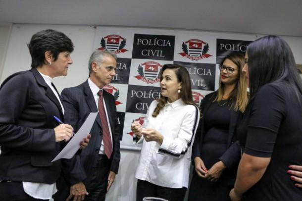 A deputada estadual Analice Fernandes enfatizou que Taboão da Serra é um município inovador no combate à violência contra a mulher. (Foto: Dereck Gomes / Divulgação)