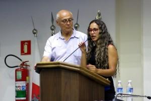 Suplicy fez uma tabelinha com a vereadora Rosângela de Embu das Artes para falar sobre o Bolsa Família.