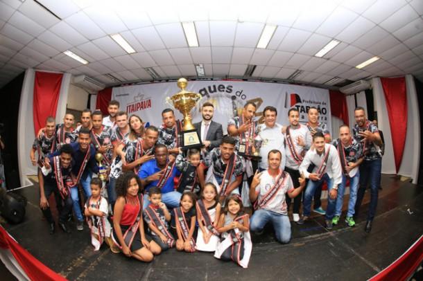 Premiação foi entregue aos Craques do Ano de 2017 na presença do prefeito Fernando Fernandes e demais autoridades (Foto: Ricardo Vaz / PMTS)