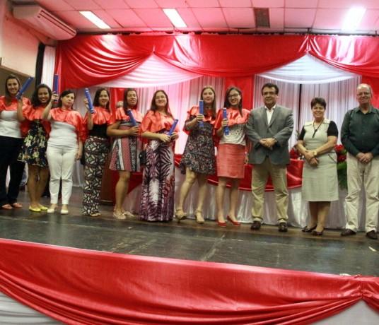 Ao todo, 1300 alunos se formaram nos cursos da Escola de Moda, Beleza e Estética. (Foto: Ricardo Lima / PMTS).